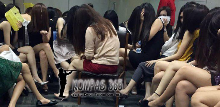 Anggota Imigrasi Berhasil menangkap Puluhan PSK Warga Negara China